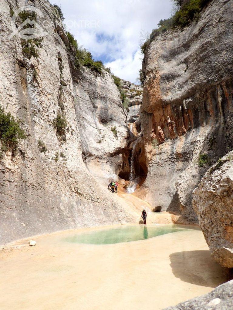 barranquismo-en-huesca-guara-pirineos-avanzado-canyontrekguara