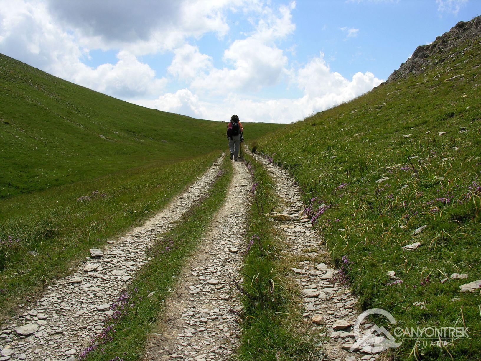 Caminos de senderismo en Pirineos