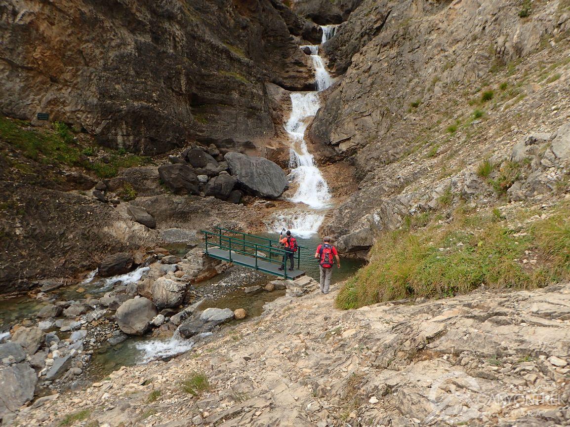 Puente sobre el río Cinca en Pineta